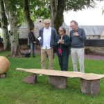 Inauguration de la sculpture Exclamation mésologique . Avec de gauche à droite, Didier Rousseau-Navarre, Edith Heurgon, Augustin Berque